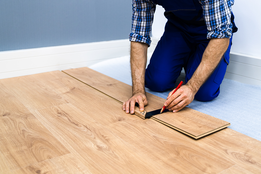 Experienced timber floor installer in Sydney working